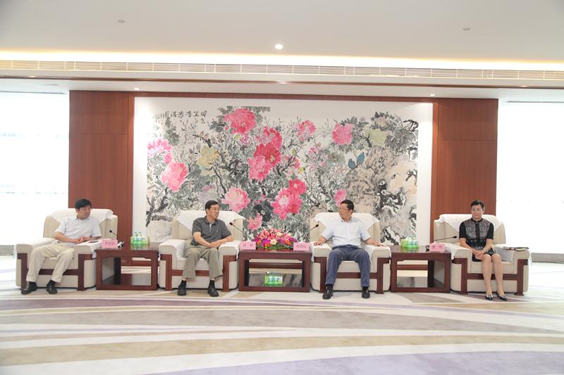 容贤标、潘鸣会见建信金融资产投资有限公司董事长谷裕和建行广西区分行行长李思影一行